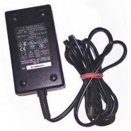 Chargeur Adaptateur Secteur PW118KA0503N52 2L85 E136791 N17739 5V 3A AC Adapter