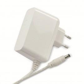 Chargeur UMEC UP0301B-15PE 15V 2.0A Adaptateur Secteur AC